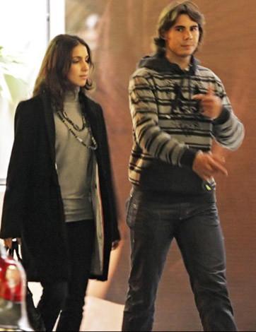 Rafael Nadal y su novia de paseo romántico por París