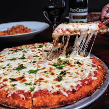 TrendInFood: Pizza con base de pollo a la parmesana