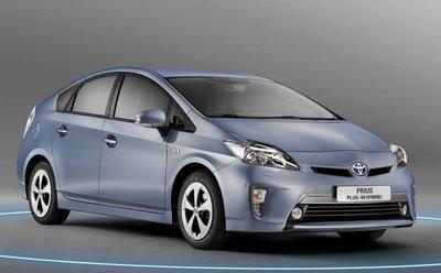 Toyota Prius 2012, mejor híbrido de 2011 en Motorpasión