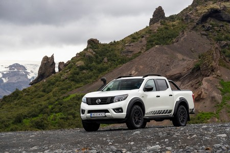 Nissan Navara Off Roader At32 6
