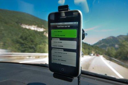 Probamos el TomTom CarKit para el iPhone, ¿vale la pena su compra?