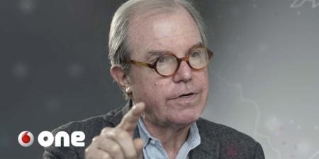 Las 11 predicciones tecnológicas más fascinantes de Negroponte: ¿cuántas ya son realidad?