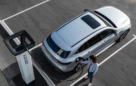 El Moves III ya está aquí: ayudas a la compra de coches eléctricos de hasta 7.000 euros