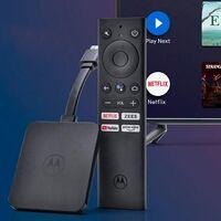 Motorola ya tiene su propio dongle con Android TV y 4K para convertir cualquier tele en una Smart TV