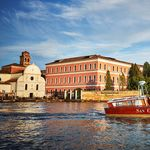 El Palacio de San Clemente, un alojamiento de lujo en una isla al lado de Venecia