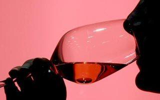 Una modificación genética consigue mejorar el aroma del vino