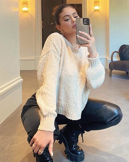 Kylie Baloonsleevesweaterandpleatherpants Styledlook Cb403275696 Sx1125