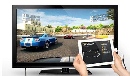'Real Racing 2 HD', jugando a 1080p conectado a una TV y con el iPad 2 haciendo de volante
