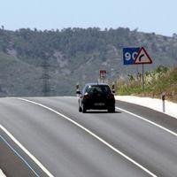 Las constructoras vuelven a pedir peajes para las autovías. Ir de Madrid a Barcelona costaría más de 55 euros