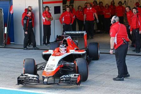Marussia presenta el MR03