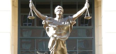 Un tribunal francés ordena a Google, Microsoft y Yahoo! retirar enlaces a varios sitios pirata