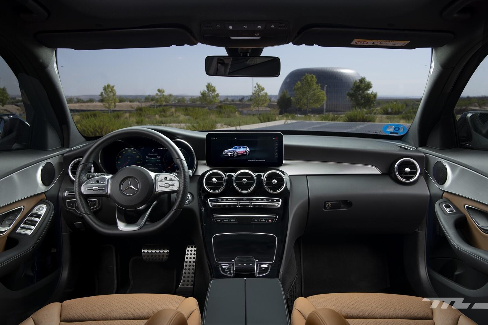 Foto de Mercedes-Benz C 300 de Estate 2020, prueba (18/46)