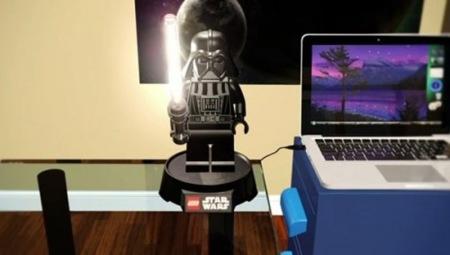 Darth Vader en formato Lego como lámpara de mesa