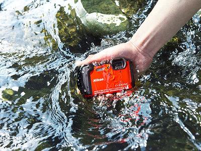 Nikon lanza la Coolpix W300, la renovación de una compacta resistente y sumergible con grabación en 4k
