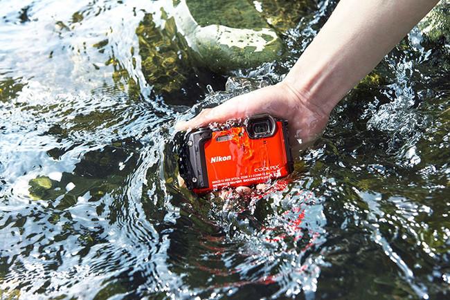 W300 Pbs Waterproof 1175x784