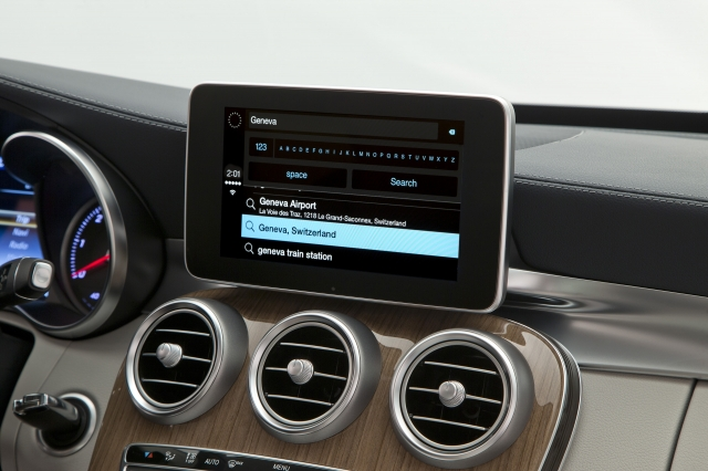 Foto de CarPlay Mercedes Benz Clase C (9/26)