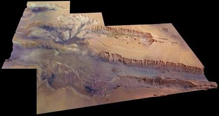 [Vídeo] Un paseo por el cañón más grande del Sistema Solar, Valles Marineris