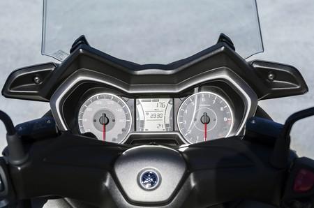 Yamaha X Max 300 2017 012