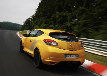 Renault Megane Rs 275 Trophy 2015 1280x960 Wallpaper 12