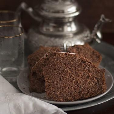 Bizcocho turco de té negro y cacao. Receta con y sin Thermomix