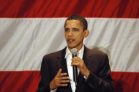 Obama rechaza el apoyo de Brad Pitt
