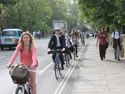 ¿Deberían los ciclistas circular con una licencia? En Australia comienzan a creer que sí
