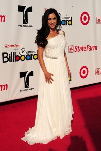 Monica Noguera Latin Billboard 2009: todos los looks
