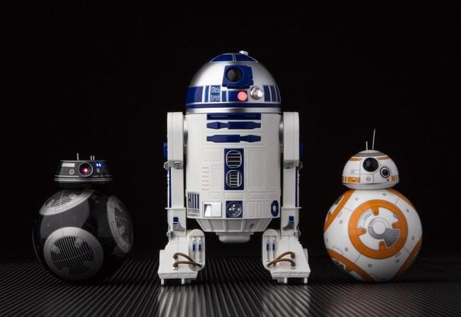 BB-9E, R2-D2 y BB-8