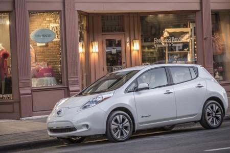 El Nissan LEAF tendrá una versión con una batería de 30 kWh este mismo año