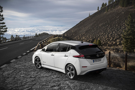 Nissan Leaf  comparativa Volkswagen eGolf