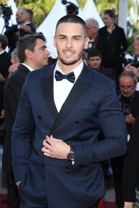 Baptiste Giabiconi debuta un nuevo (y extremo) corte de cabello en el Festival de Cannes