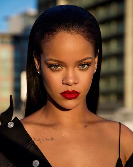 Rihanna no ha incluido transexuales en sus campañas beauty y esta es la razón detrás de ello
