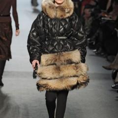 Foto 27 de 27 de la galería jean-paul-gaultier-otono-invierno-20112012-en-la-semana-de-la-moda-de-paris-el-lado-sexy-del-estilo-ladylike en Trendencias