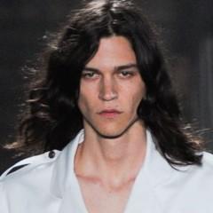 Foto 13 de 20 de la galería cortes-de-pelo-para-la-primavera-2012-los-pienados-de-pasarela-i en Trendencias Hombre