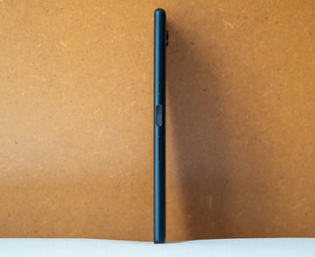 Sony Xperia 10 Plus Perfil