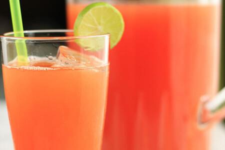 Agua de papaya y limón. Receta fácil de agua fresca