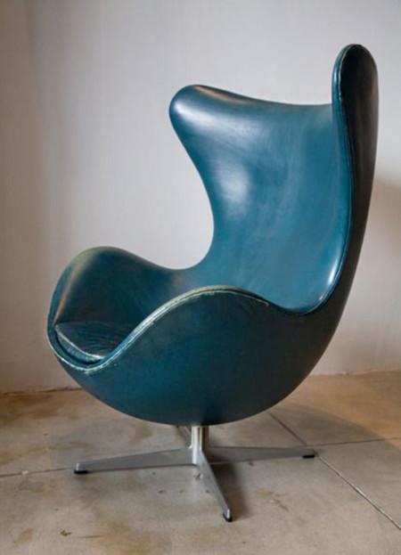 Las 17 mejores sillas de cuero de la historia for Sillas clasicas modernas