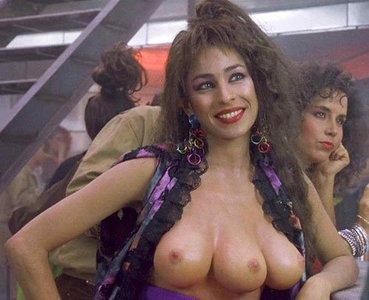 Mujeres que tienen tres pechos... y cuatro, y cinco...