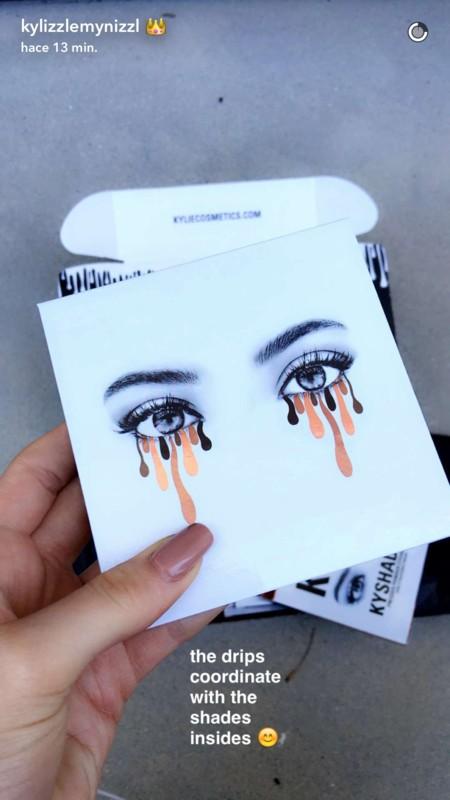Y de los rumores a la realidad: Kylie Jenner lanza su primera colección de sombra de ojos
