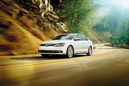 Volkswagen desvela el Jetta híbrido