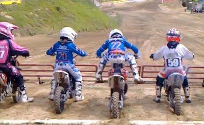 El niño Redbull del Campeonato Italiano de Mini-Cross