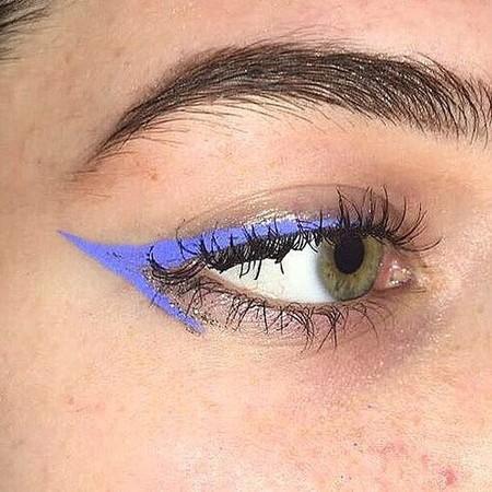 Eyeliner Lavanda 5