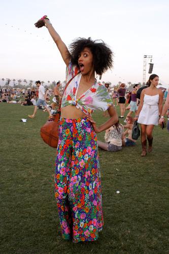 Foto de Los 10 mejores looks de las streetstylers en Coachella: nada que envidiar a las celebrities (31/38)