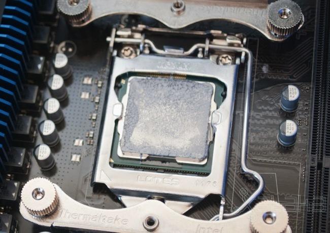 Pasta térmica en una CPU