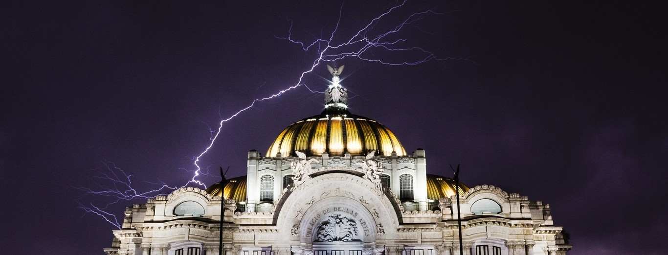 Relámpagos + Ciudad de México = ?