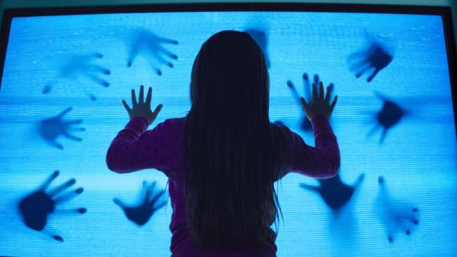 La nueva escena del televisor de 'Poltergeist'