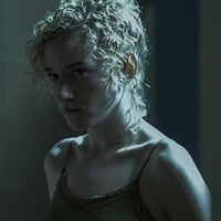 Emmy 2020: Julia Garner es la mejor actriz de reparto de serie dramática por 'Ozark'