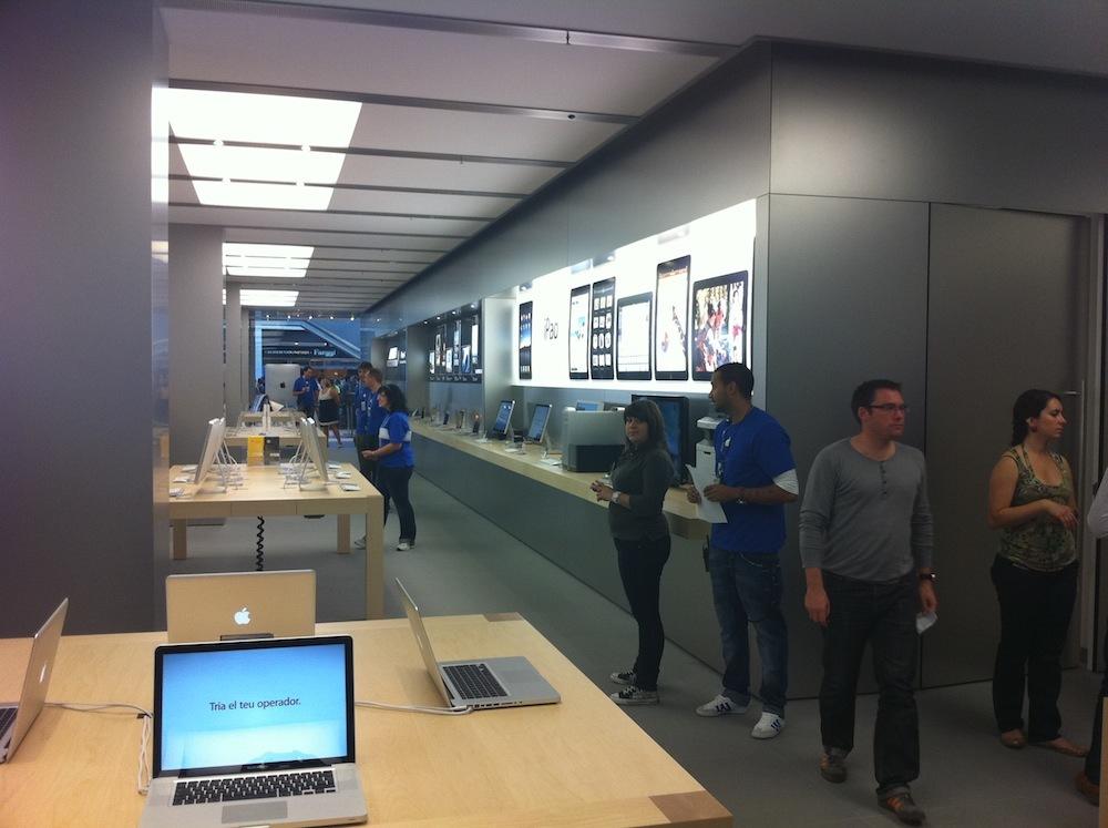 Foto de Inauguración Apple Store La Maquinista (21/93)