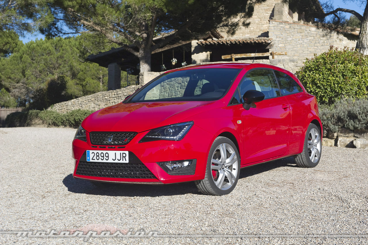 probamos el nuevo seat ibiza cupra con motor 1 8 tsi y qu bien le sienta. Black Bedroom Furniture Sets. Home Design Ideas