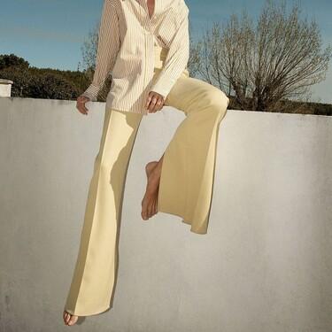 Los pantalones splits son la clave para estilizar tu figura y hacerte parecer más alta (palabra de Victoria Beckham)